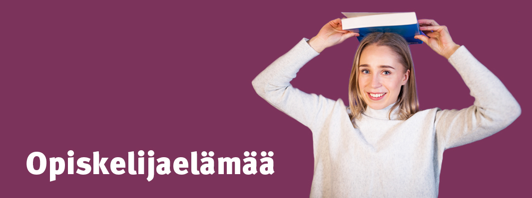 Fanny Toivio Opiskelijaelämää-blogin avauskuvassa.