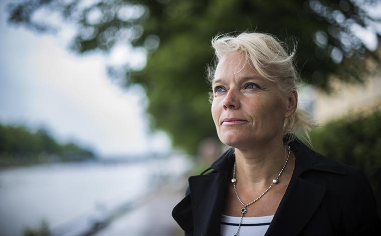 Nuori leski Päivi Kemppainen.